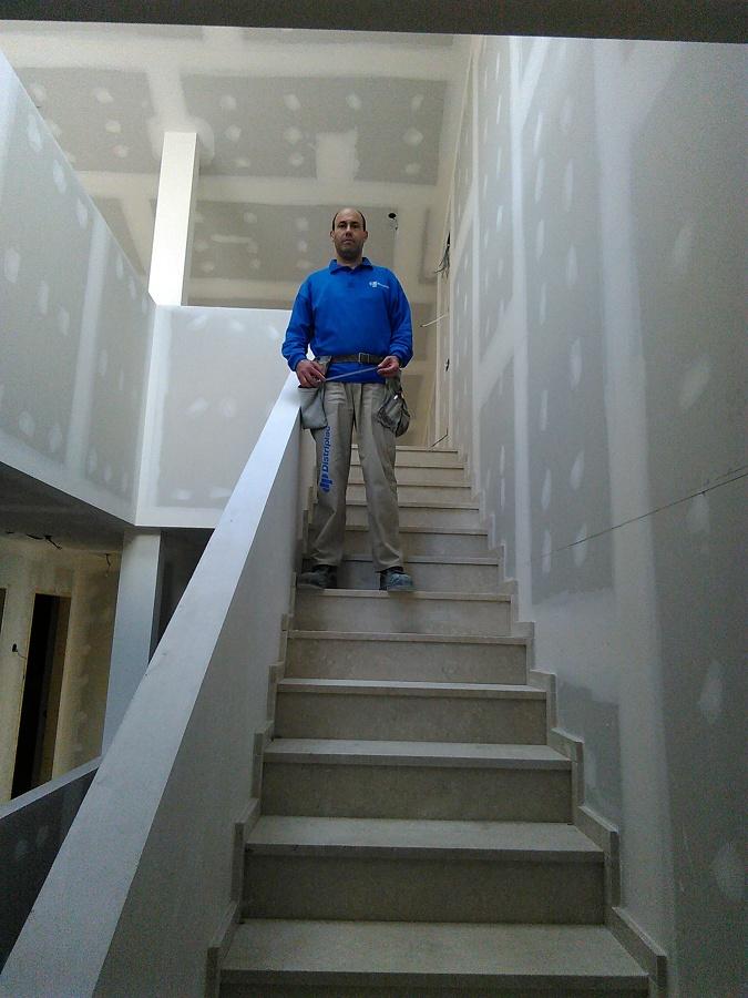 Trasdosado escalera