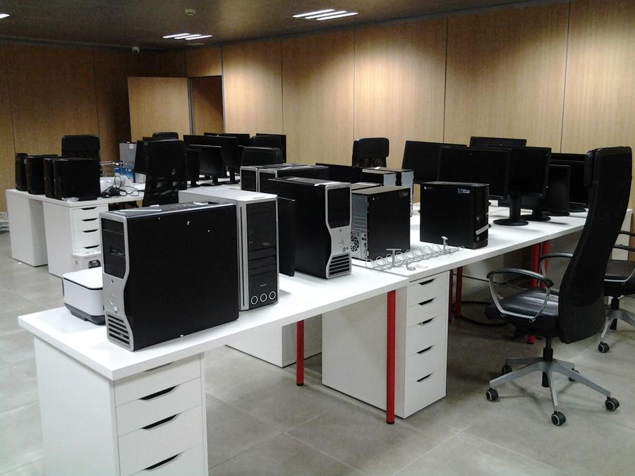 Especialistas montajes de muebles tanto cl sico como de for Mudanzas oficinas madrid