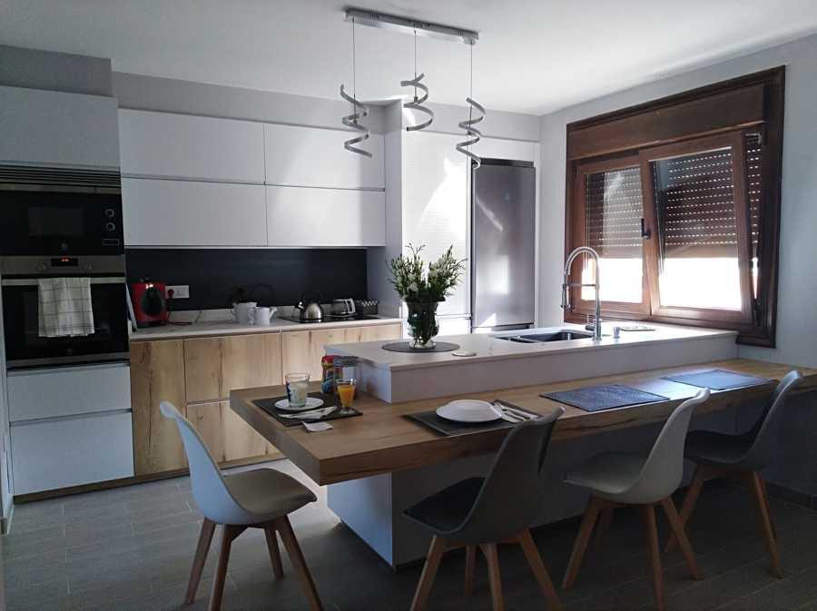 Una cocina salón en la que disfrutar