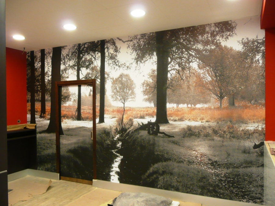 Una pared que evoca con un Mural de Naturaleza