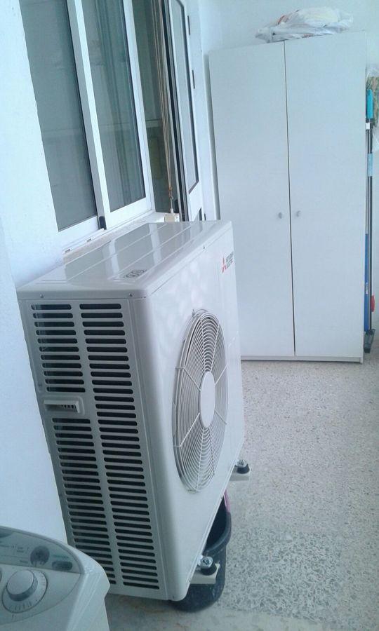 Instalaci n maquina de aire acondicionado por conductos for Maquina aire acondicionado por conductos