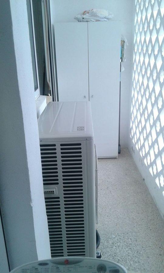Instalaci n maquina de aire acondicionado por conductos for Maquinas de aire acondicionado baratas