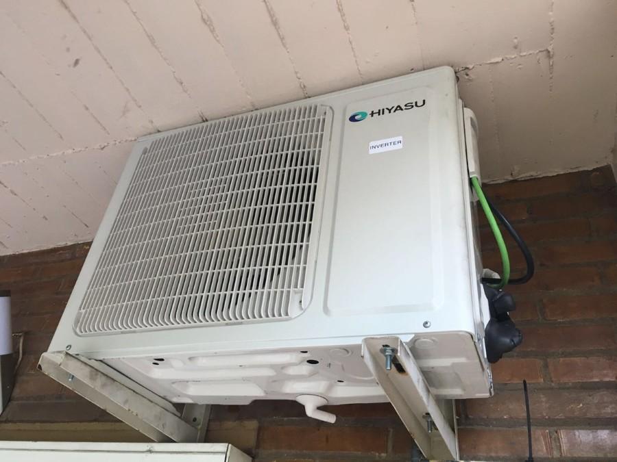 Instalaci n m quina clima hiyasu en piso ideas aire for Maquinas de aire acondicionado baratas