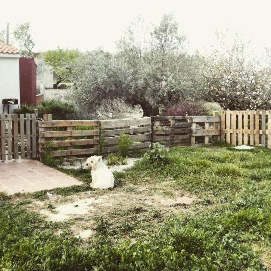 Foto valla de jard n con palets de estela interiorista for Ideas con palets para jardin