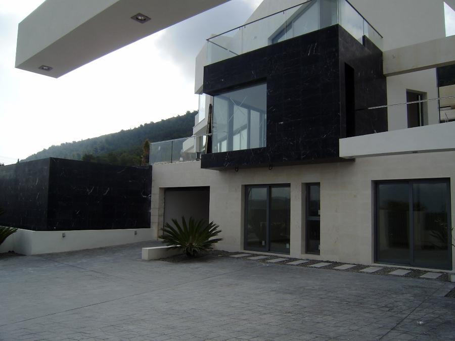 Proyecto aplicaci n m rmol y piedra caliza en chalet lujo for Techos de concreto para casas
