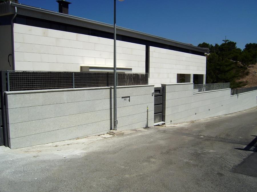 Rehabilitaci n de fachadas mediante aplacado ventilada ideas marmolistas - Aplacado piedra fachada ...
