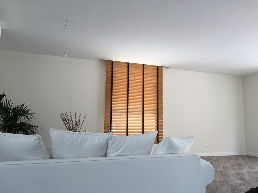 Cortinas venecianas de madera ideas art culos decoraci n for Cortinas venecianas madera