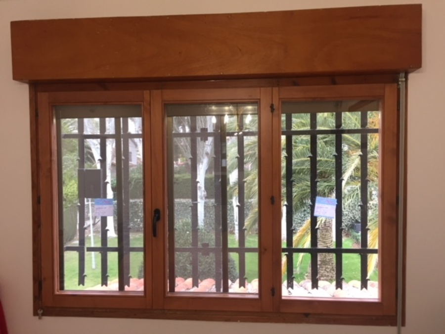 Cambiar ventanas y puerta de entrada a casa ideas - Cambiar puertas casa ...