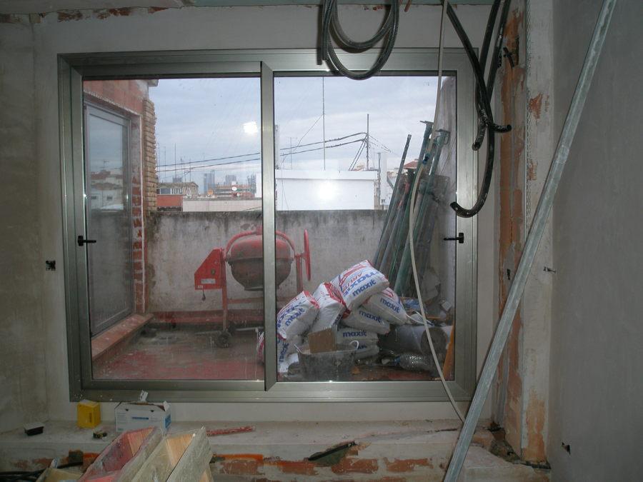 ventanal de comedor a la terraza
