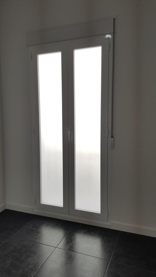 Ventanal de salida a balcón
