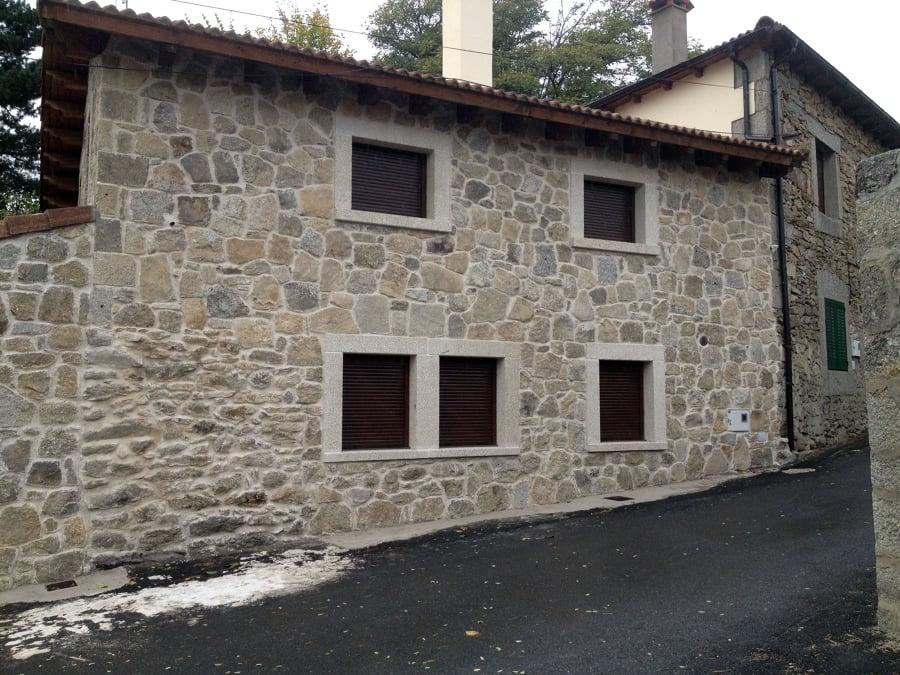 Casa rural ideas reformas viviendas for Casas con piedras en la fachada