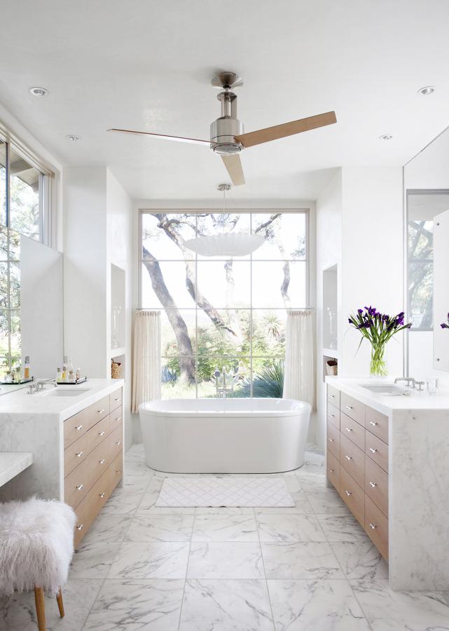 Ventiladores de techo en baño
