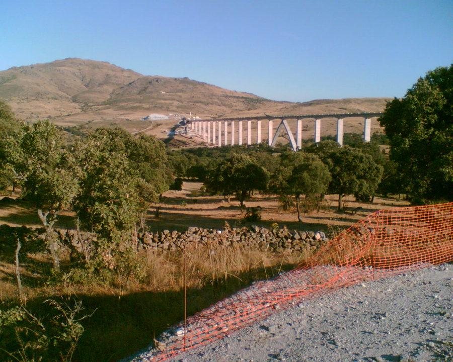 viaducto arroyo del valle.jpg