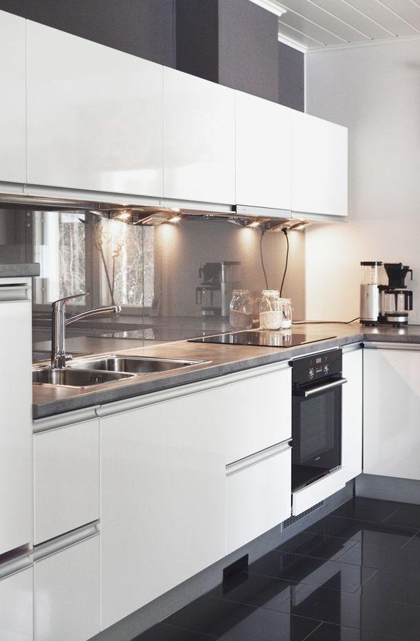 Foto vidrio en pared cocina de marta v lez arce 1021532 for Paneles acrilicos para frentes de cocina