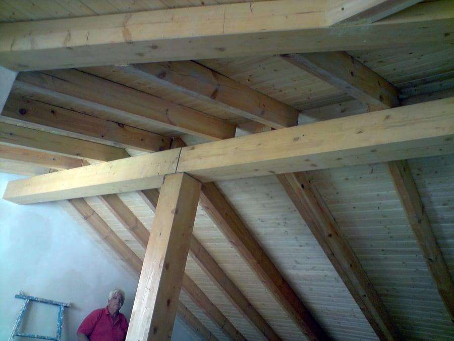 Estructura y cubierta de madera vista ideas tejados for Tejados vigas de madera