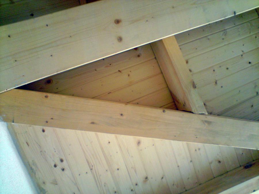 Estructura y cubierta de madera vista ideas tejados - Vigas de madera para tejados ...