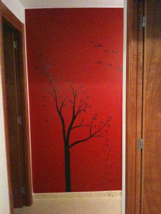 Foto vinilo de pintalia barcelona 876264 habitissimo - Vinilos decorativos asturias ...