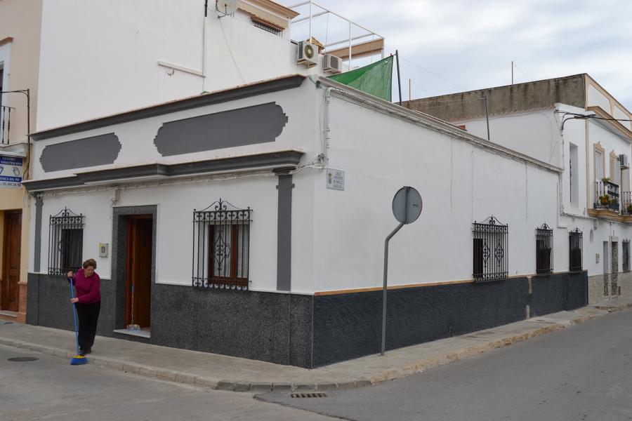 Vista completa de fachadas.