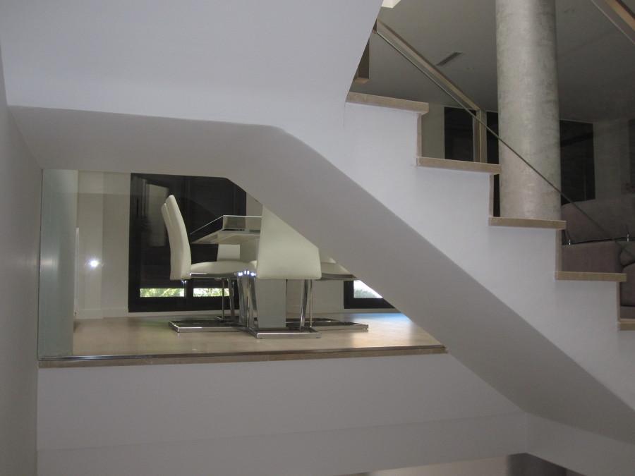 Vista de comedor desde escalera