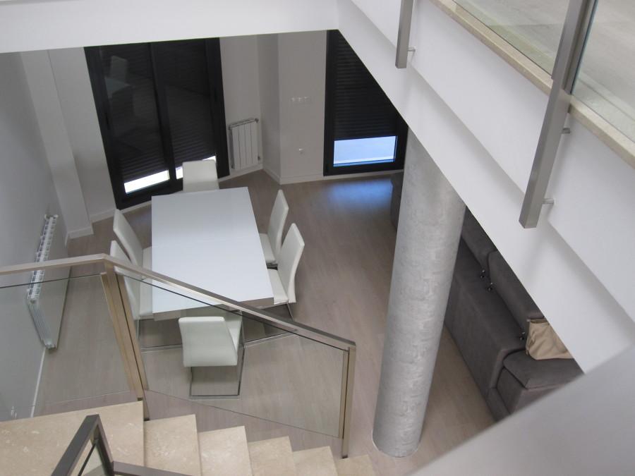 Vista de comedor desde la planta superior