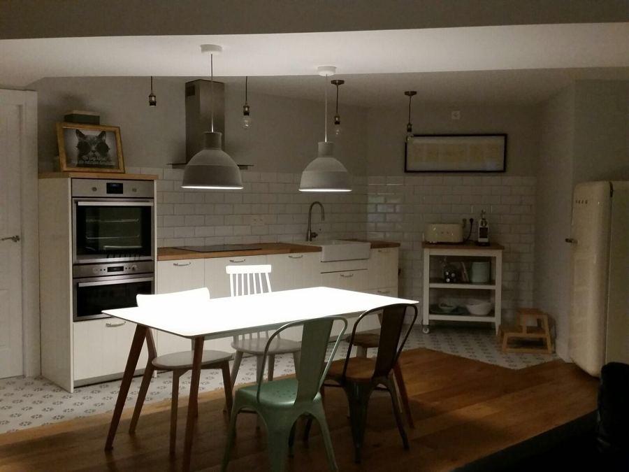 Vista de comedor y cocina