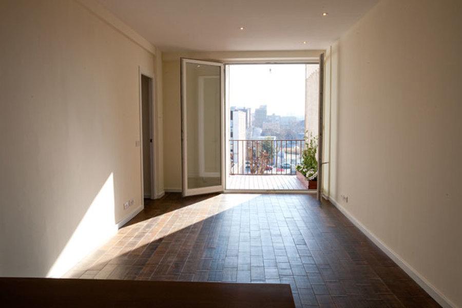 Vista de la sala + balcón, Rambla Poblenou 49