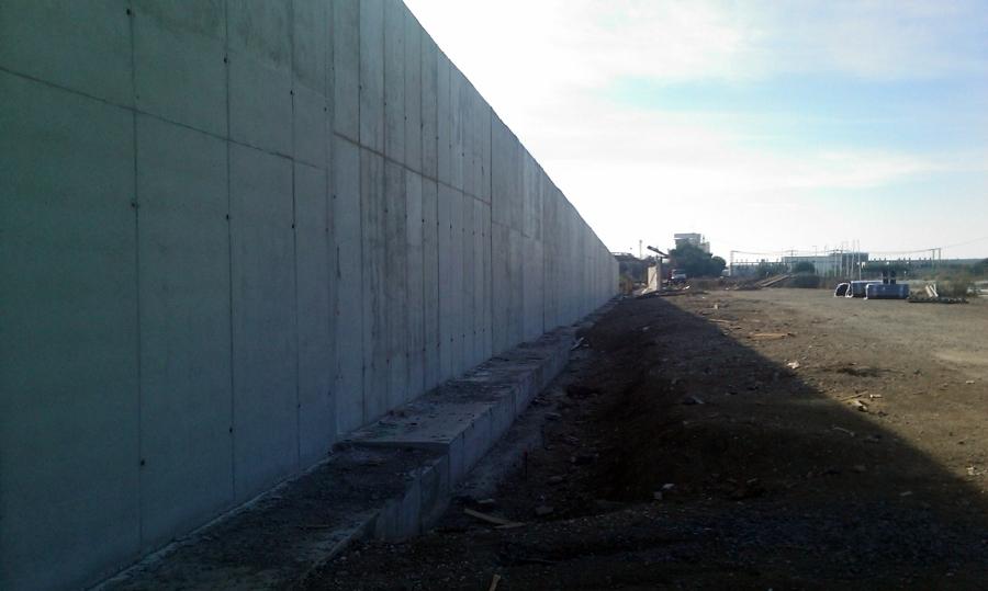 Vista de muros ejecutados.