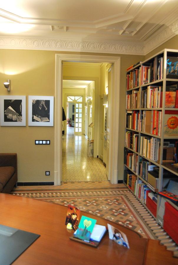 Vista desde el despacho: entrada y pasillo