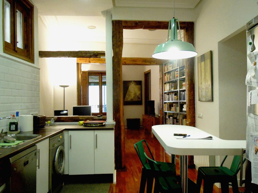 Vista desde la cocina hasta el salón.