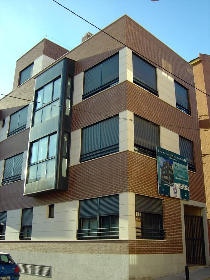 Edificio de 12 viviendas en calle divino redentor ideas for Exterior edificios