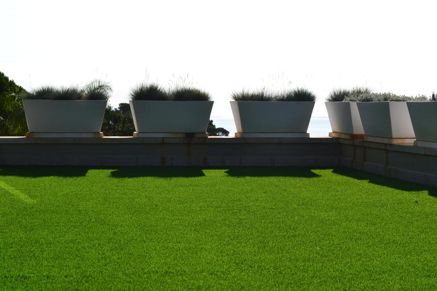 Vista izquierda jardineras