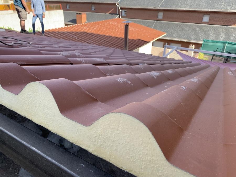 Vista posterior y encuentros del tejado