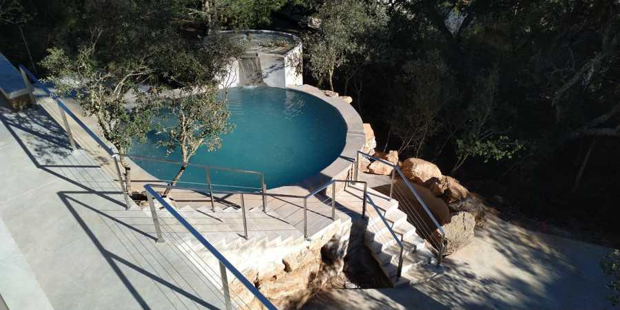 Vistas de la piscina desde la buhardilla