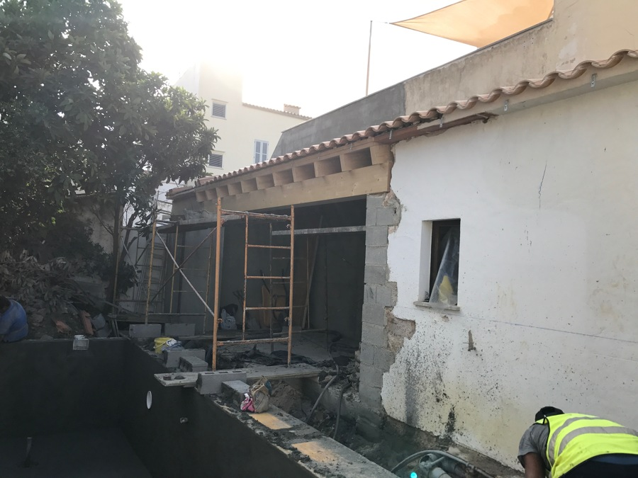 VISTAS PORCHE EN CONSTRUCCIÓN
