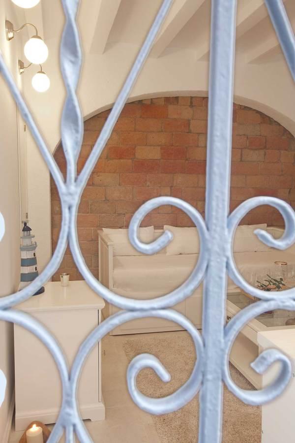 VIVIENDA DE 28 m2 BARCELONA REF 12 BLUEROOM