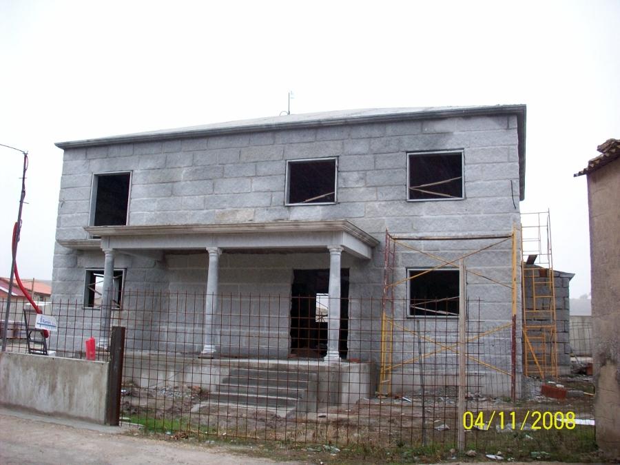 Vivienda de granito en Camporredondo