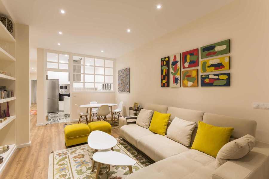 Una vivienda con decoraci n actual y cuidada ideas for Vivienda y decoracion online