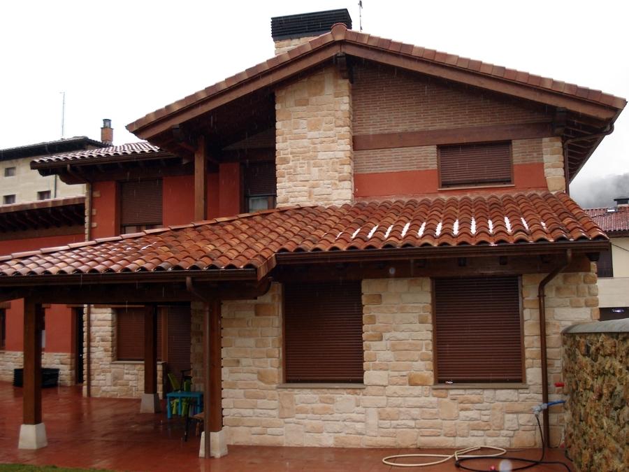 Foto vivienda en maeztu alava de montajes egur s l l for Tejados madera vizcaya