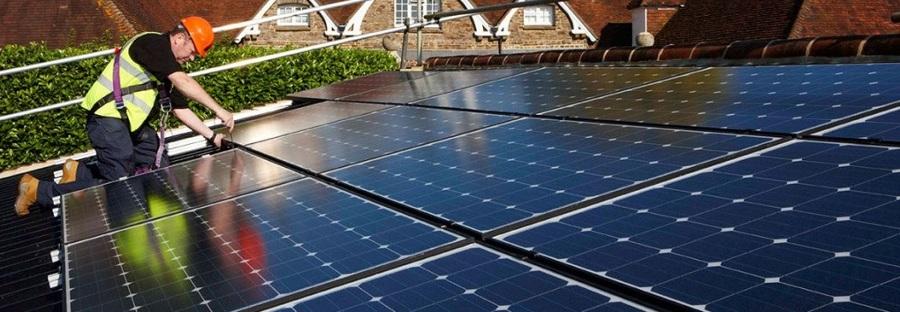 Vivienda placas solares Córdoba