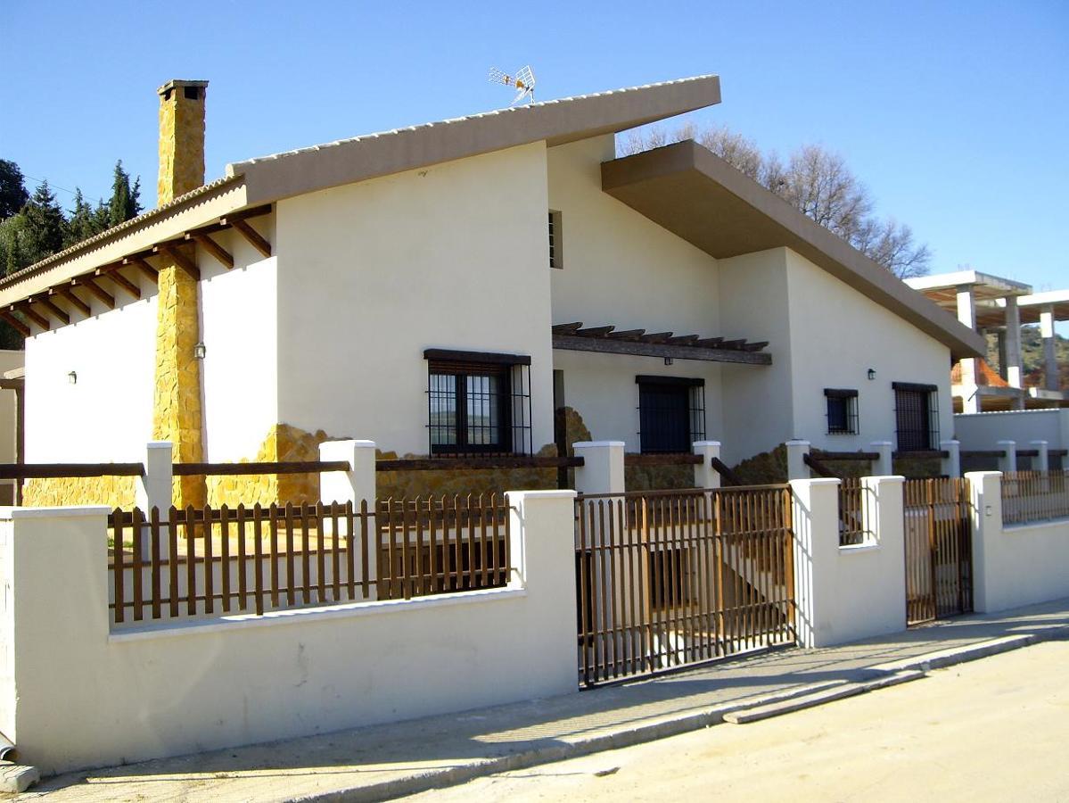 Vivienda unifamiliar aislada en Casabermeja (Málaga)