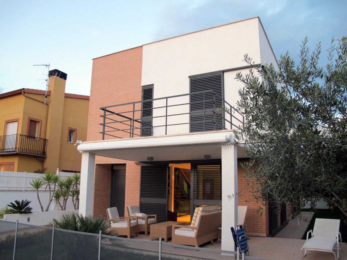 Vivienda unifamiliar benicassim proyectos construcci n casas for Viviendas para terrazas