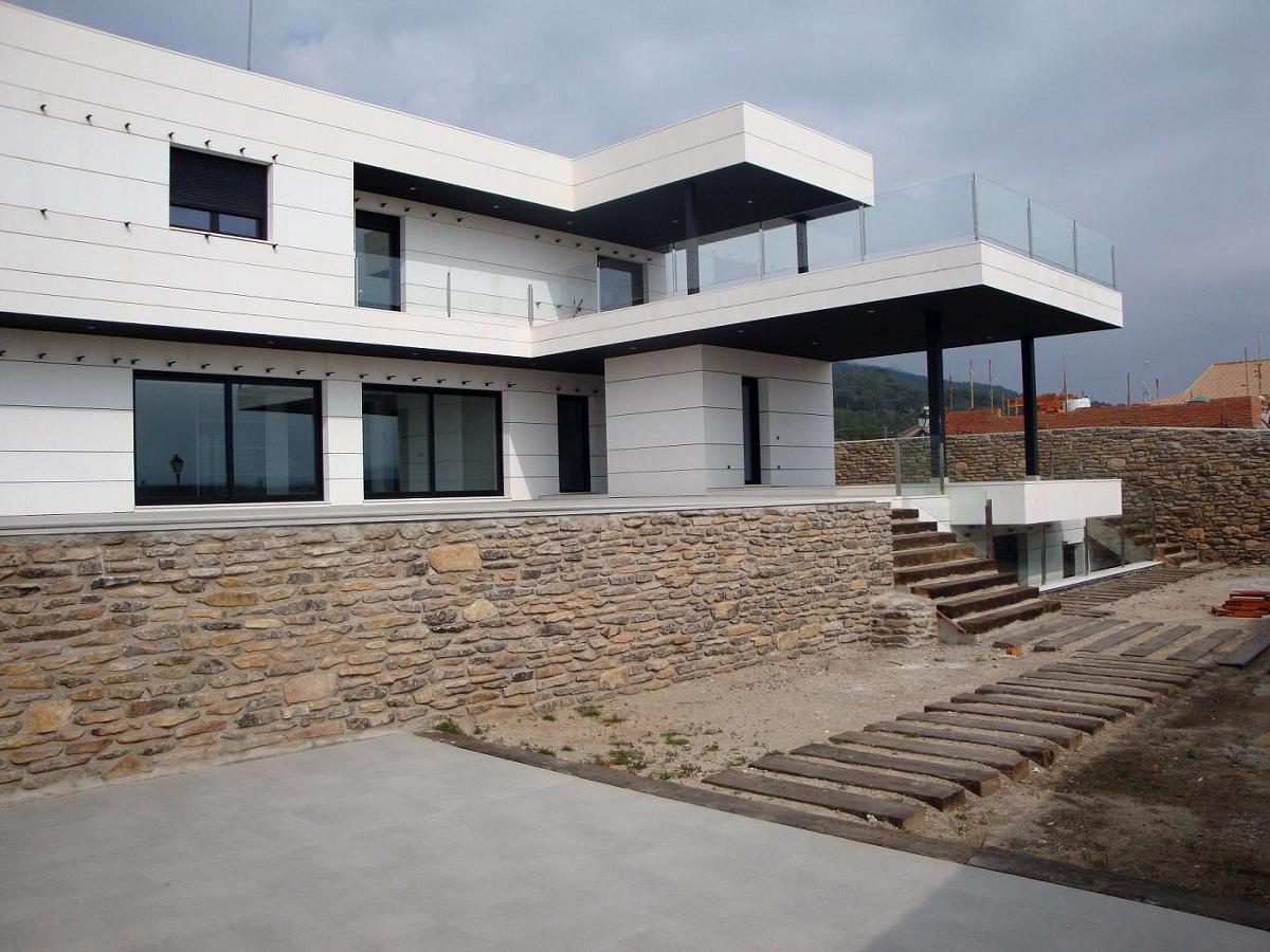 Vivienda unifamiliar aislada ideas arquitectos - Presupuesto vivienda unifamiliar ...