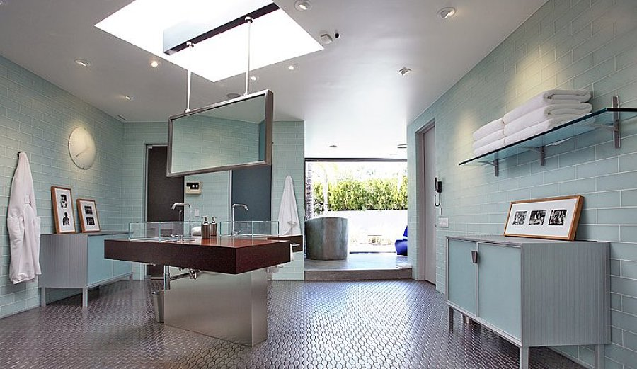 Were-intrigued-floating-sinks-mirrors-even-more