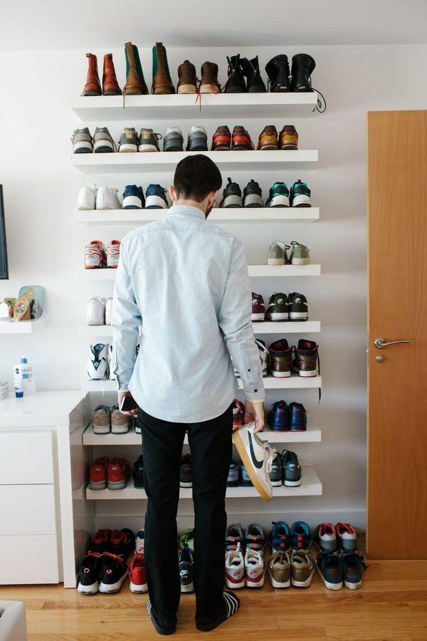 Soluciones para una habitaci n sin armarios ideas for Zapateros colgados pared