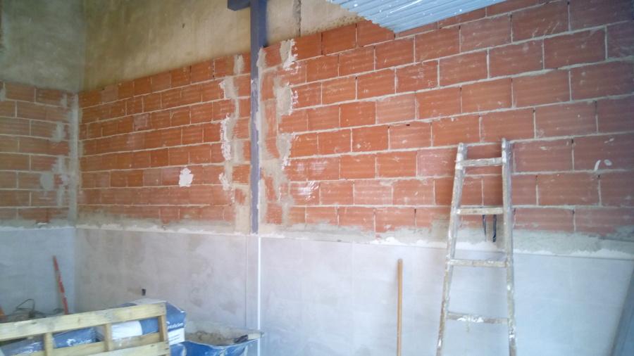 Remodelacion de casa vieja en mortero monocapa ideas - Zocalos de azulejos ...