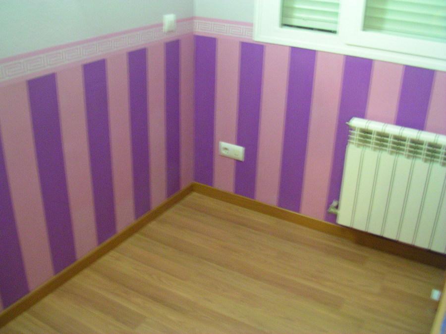 Pintura y decoraci n en interiores ideas aislamiento - Zocalos de madera para pared ...