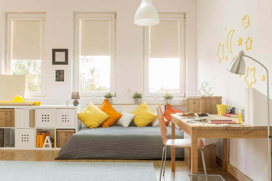 Zona de estudios dentro de dormitorio