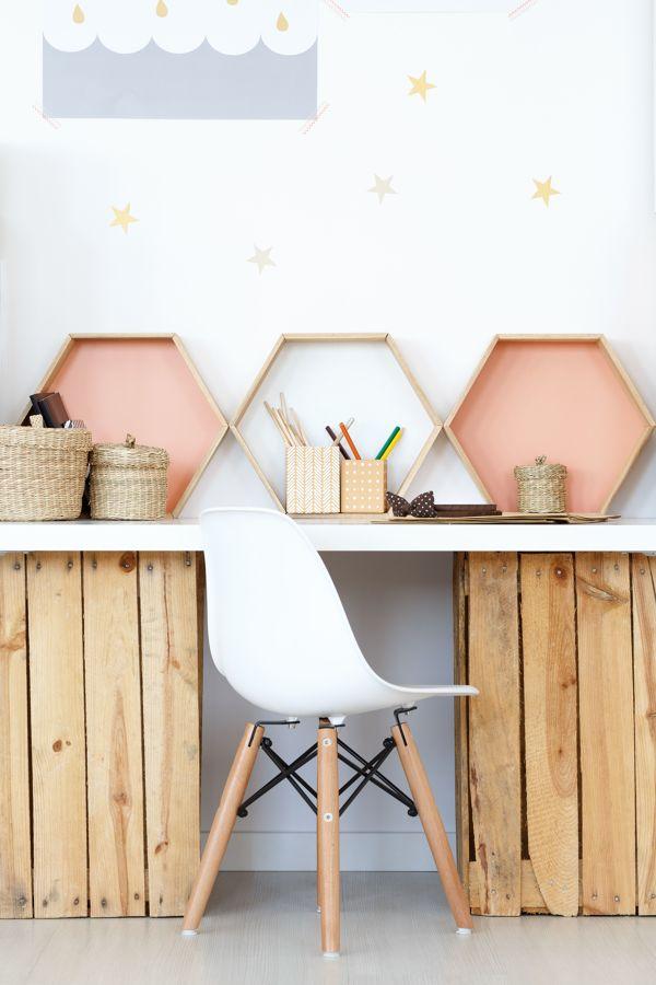 Zona de estudios minimalista