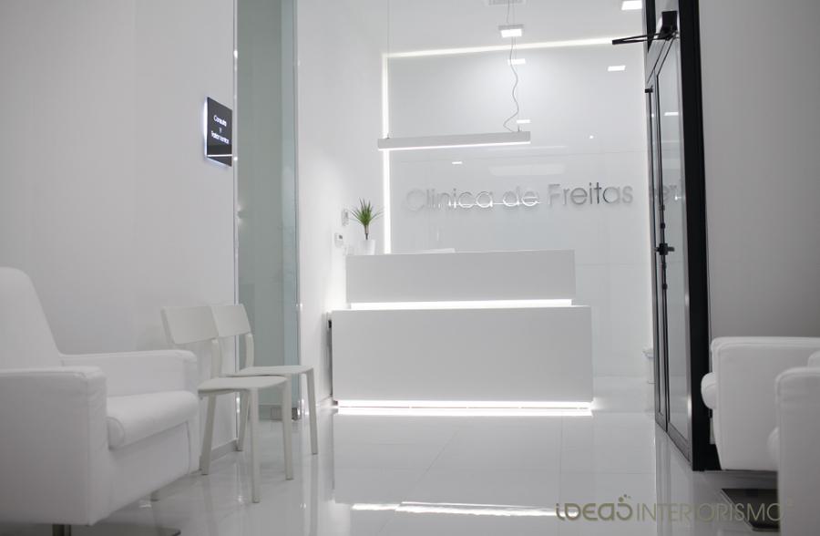 Zona de la recepción de la clínica.
