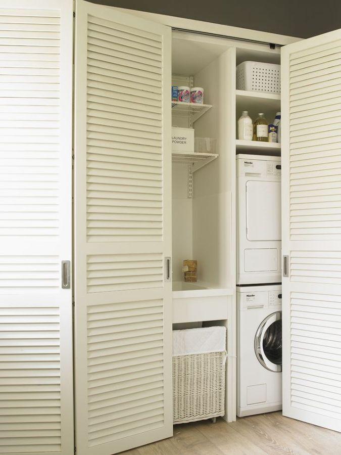 zona de lavado en armario blanco